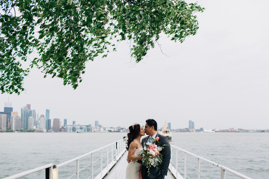 wedding photographer royal canadian yacht club