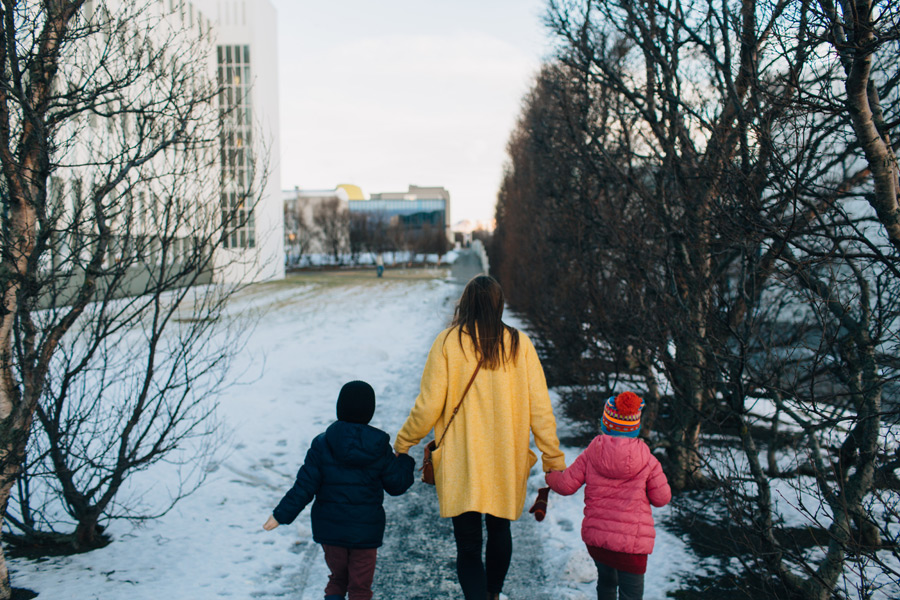 073-iceland-family-photographer