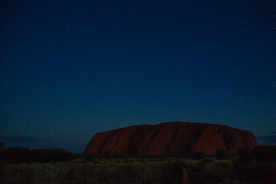 014-Uluru-travel-photos