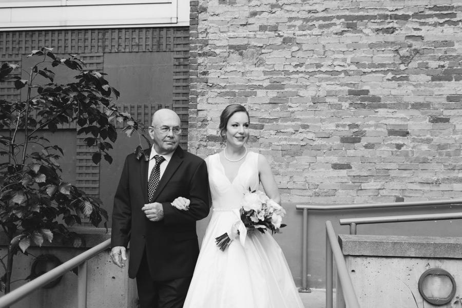 024-George-restaurant-wedding