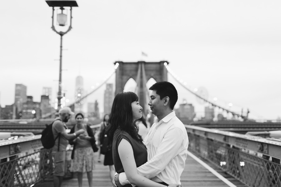 029-New-York-City-engagement