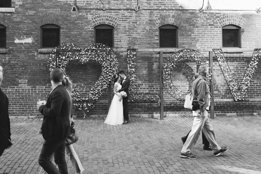 wedding photography distillery district