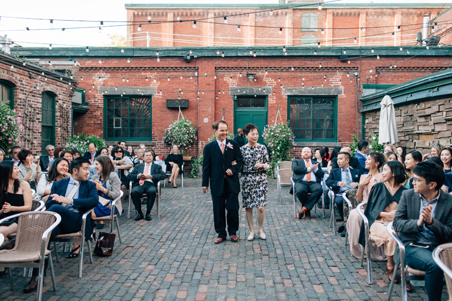 081-distillery-district-wedding-archeo