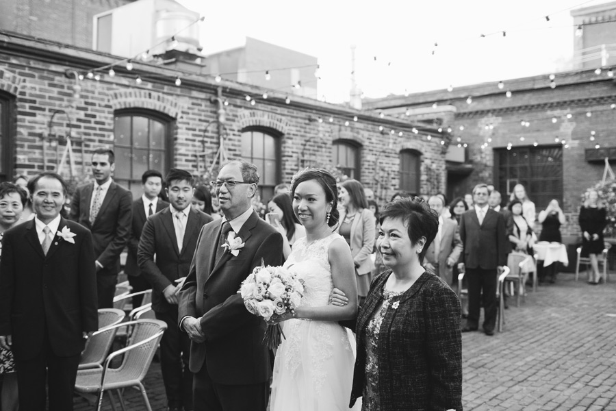 085-distillery-district-wedding-archeo
