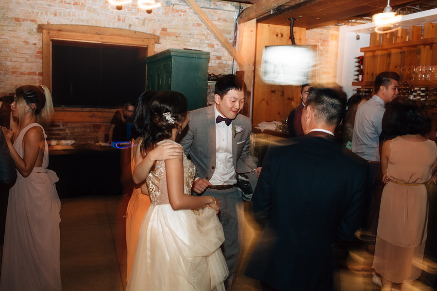 154-distillery-district-wedding-archeo