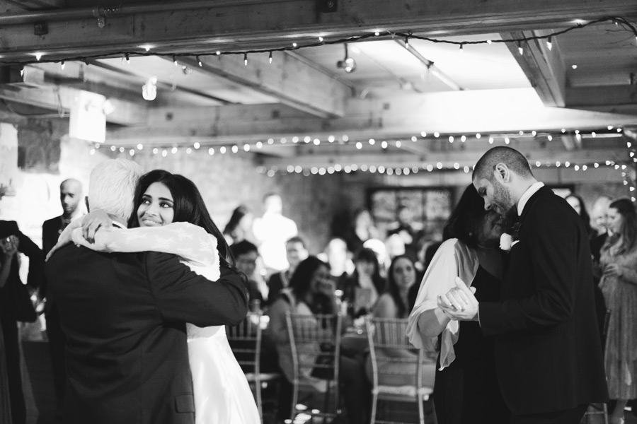 wedding photos that capture emotion