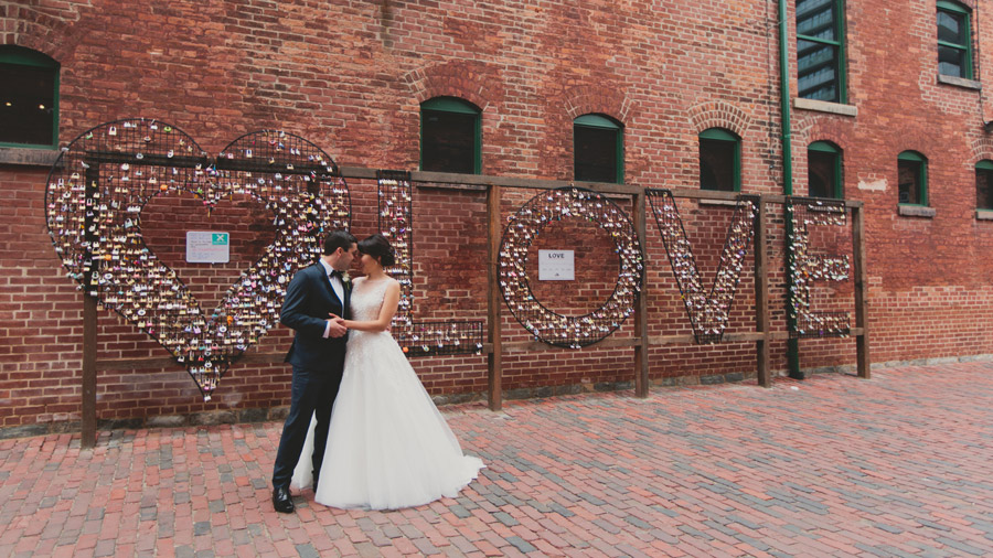 distillery district wedding pictures
