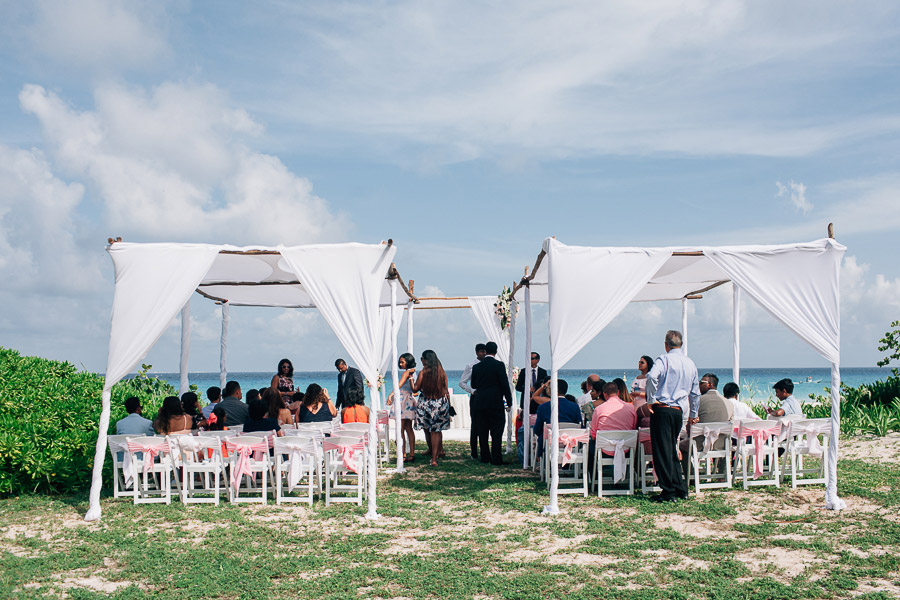 Sandos Playacar Beach Resort wedding ceremony