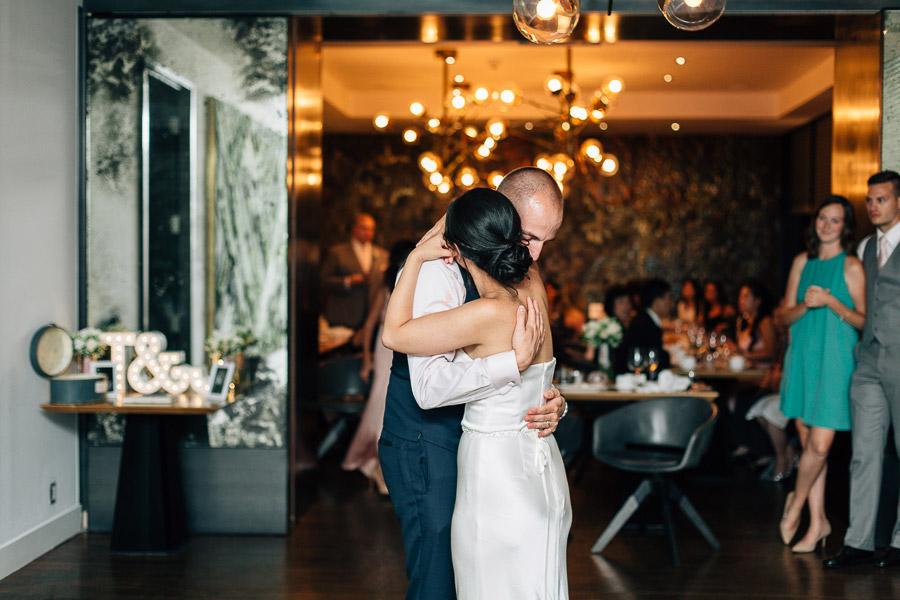 authentic wedding photos